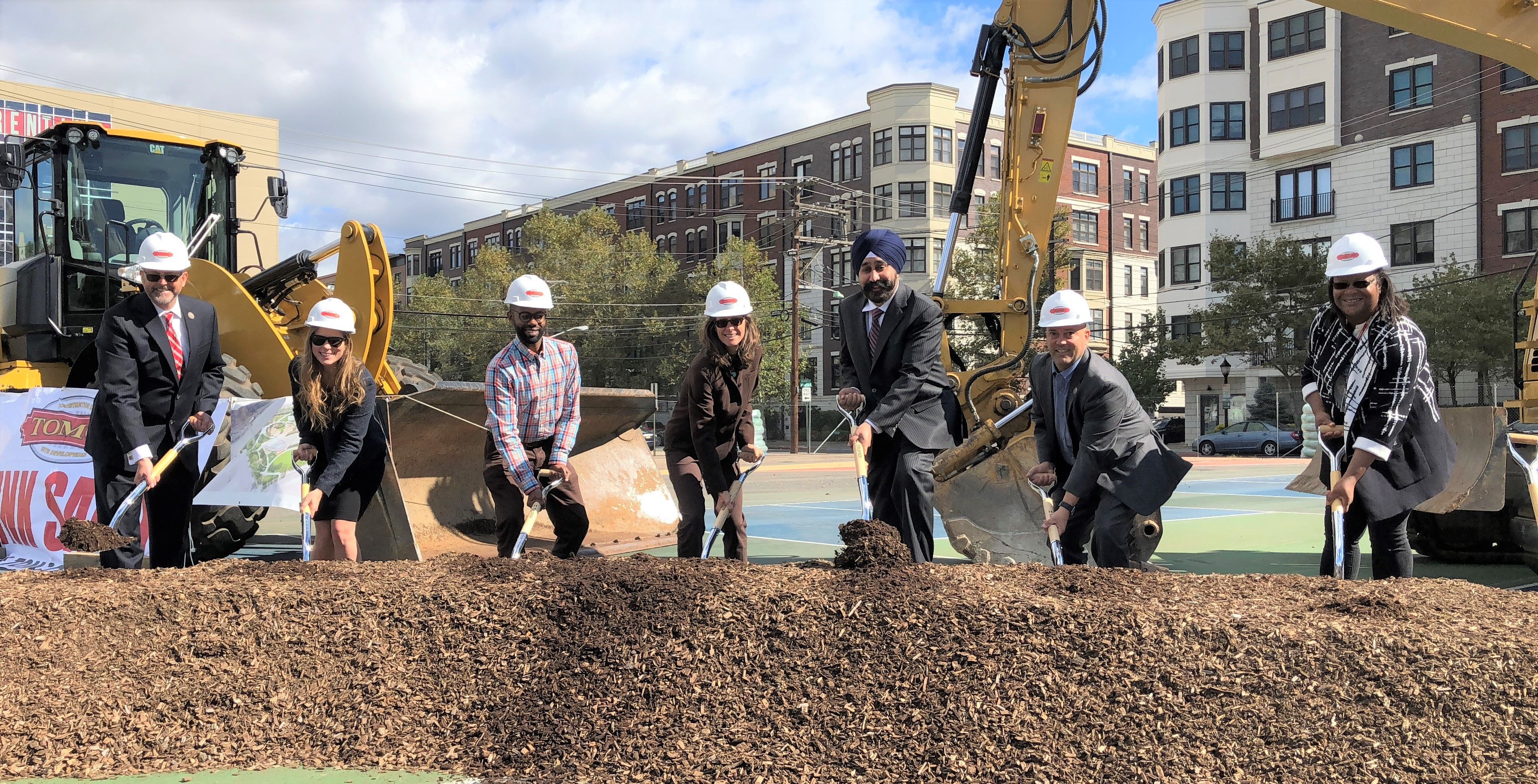 Bhalla celebrating Hoboken's Northwest Resiliency Park, which will become New Jersey's largest resiliency park at 5 acres. (Office of Ravinder Bhalla)