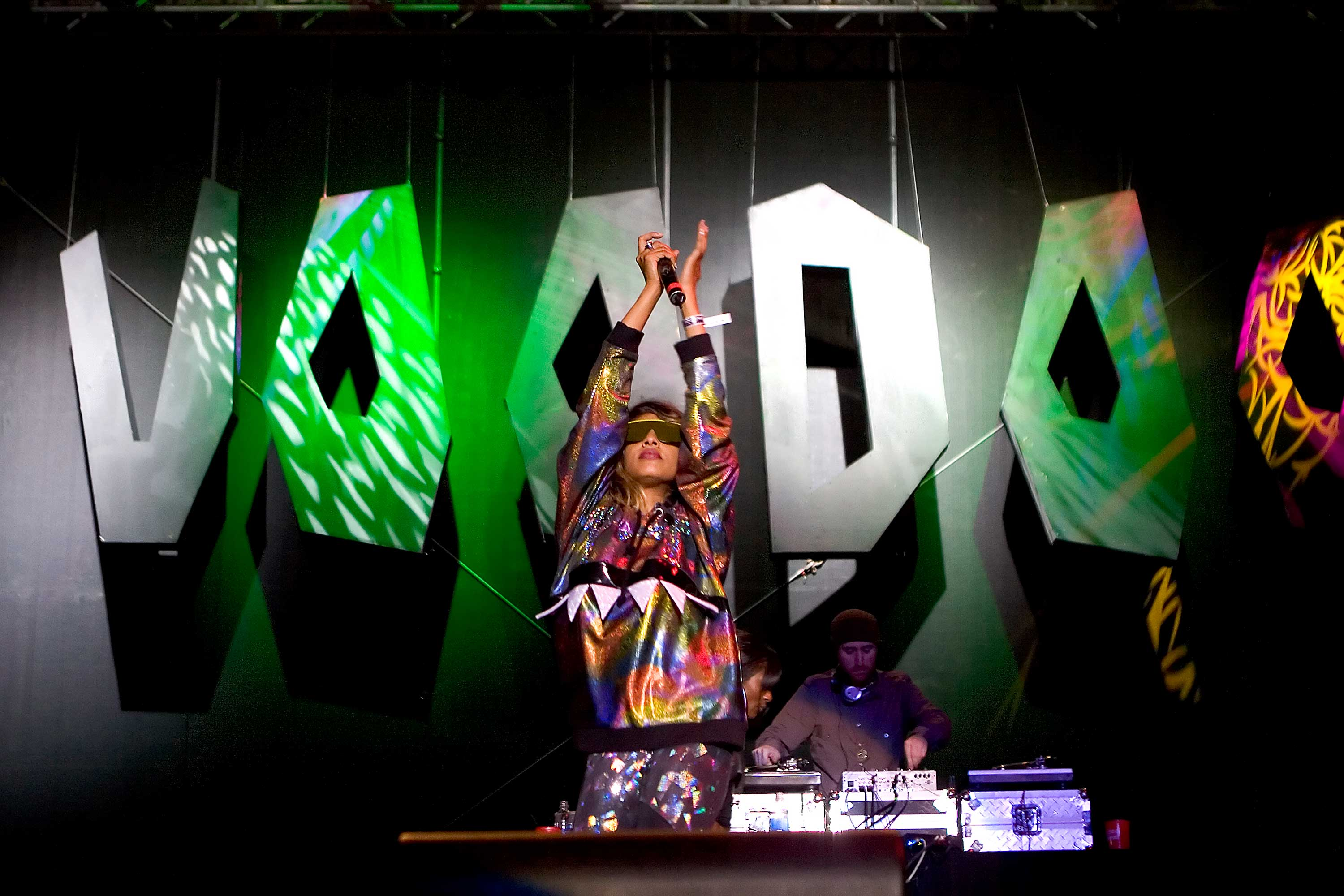 M.I.A. performs at Voodoo 2007. (Nicholastbroussard)