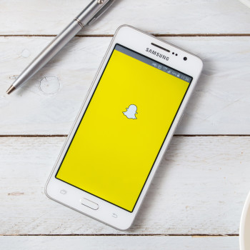 How To Deactivate A Snapchat Account When Someone Dies (With or Without Password)
