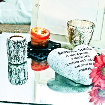 8 Creative Ideas To Memorialize Loved Ones | GoodTrust