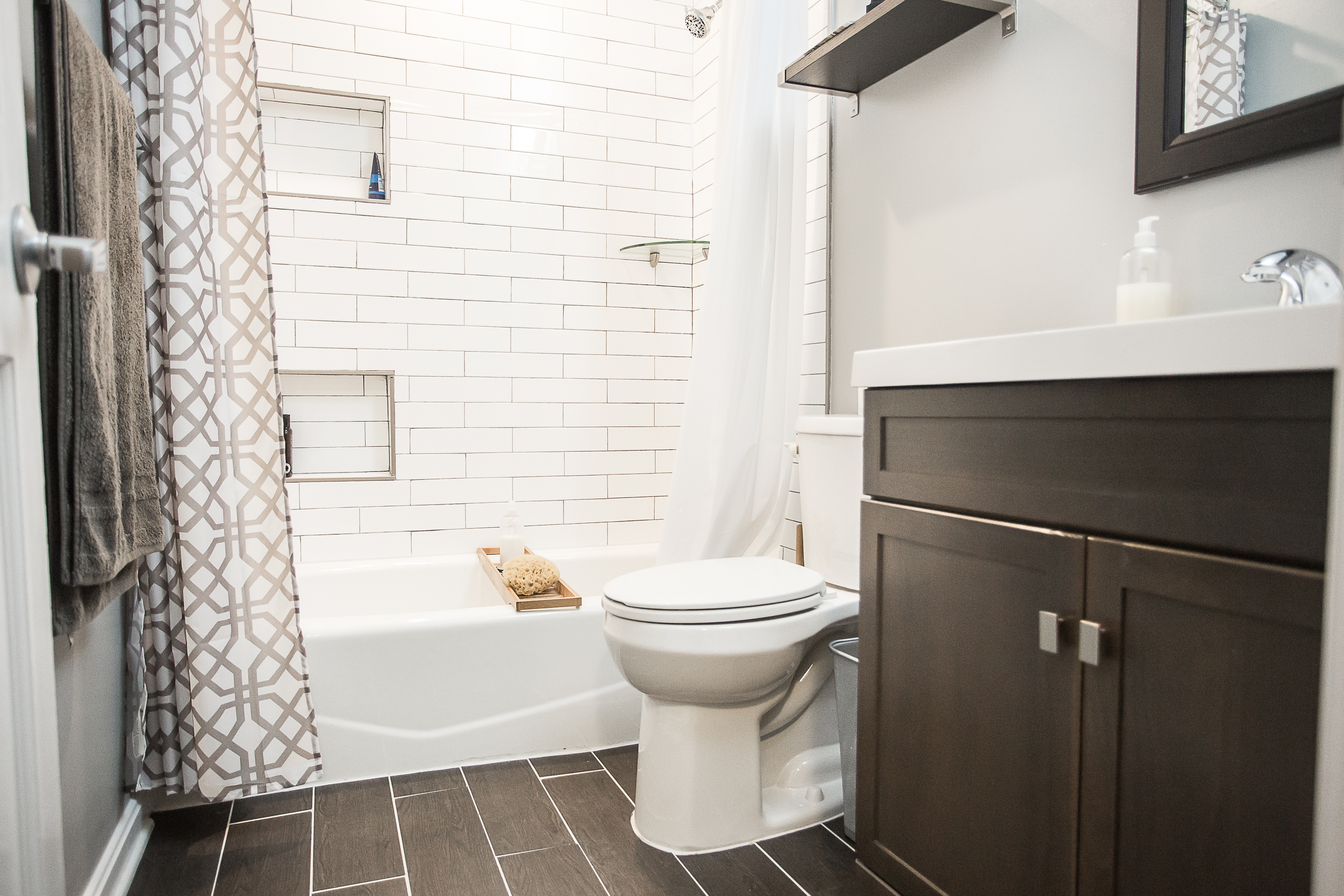 two-and-a-half-bathrooms-after-guest-bathroom