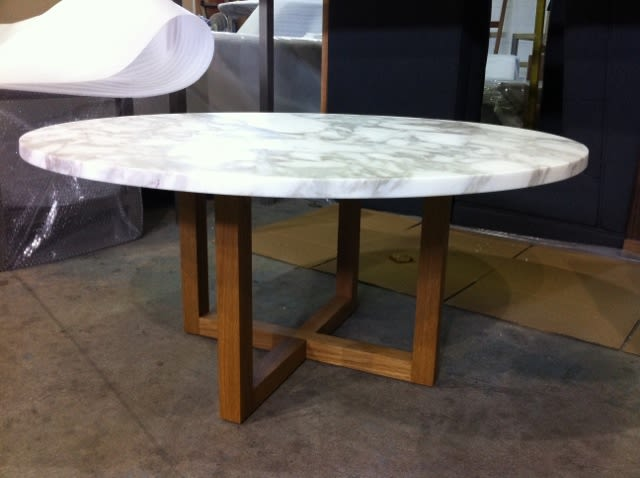Round coffee table stylegarage for Spl table 98 99