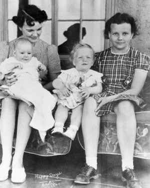 Day family photo, Easter 1940