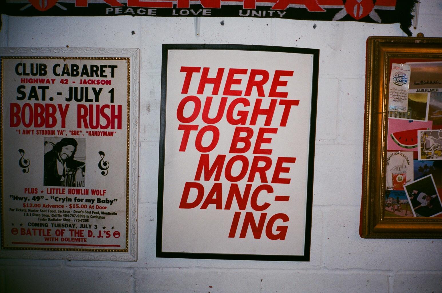 Politics of the Dance Floor: Transmission in Conversation