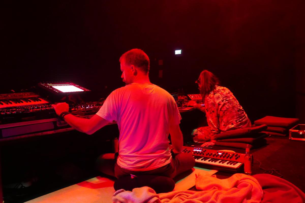Johanna Knutsson & Sebastian Mullaert | Circle Of Live