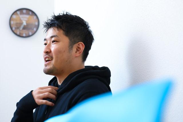 石井賢介さん 写真1