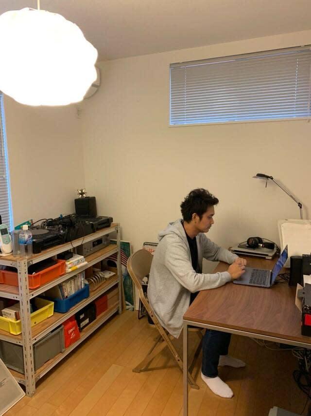 古賀敏幹さんの自宅オフィス