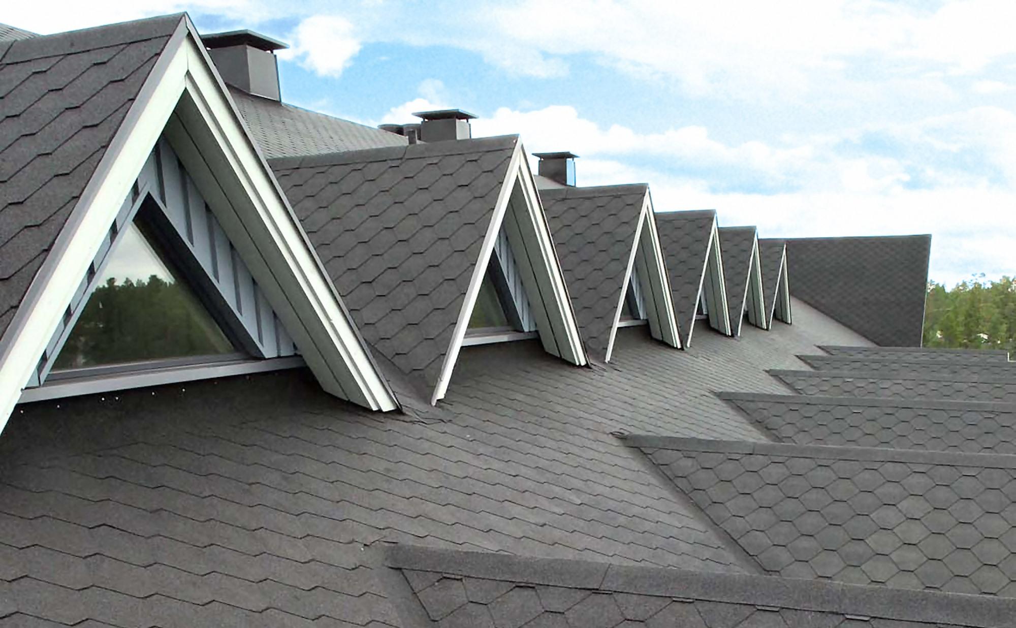 IMG - Plano Musta kattolaatta ikkunat katolla - 2000px / 1236px
