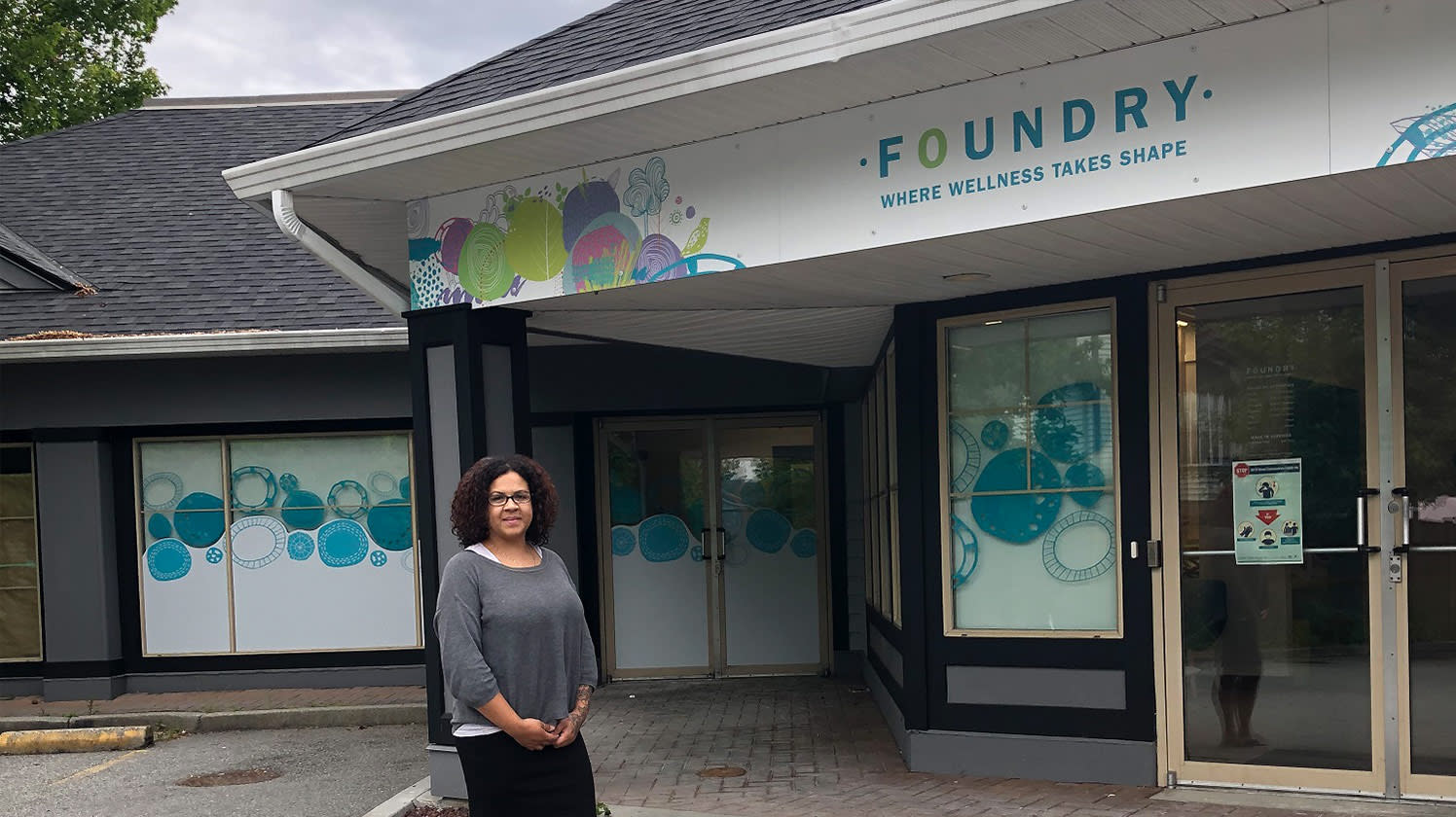 AliciaErenli, superviseure du programme et dirigeante de l'exploitation, travaille étroitement avec les adolescents et les parents à la clinique Foundry Ridge Meadows.   PHOTO SOUMISE