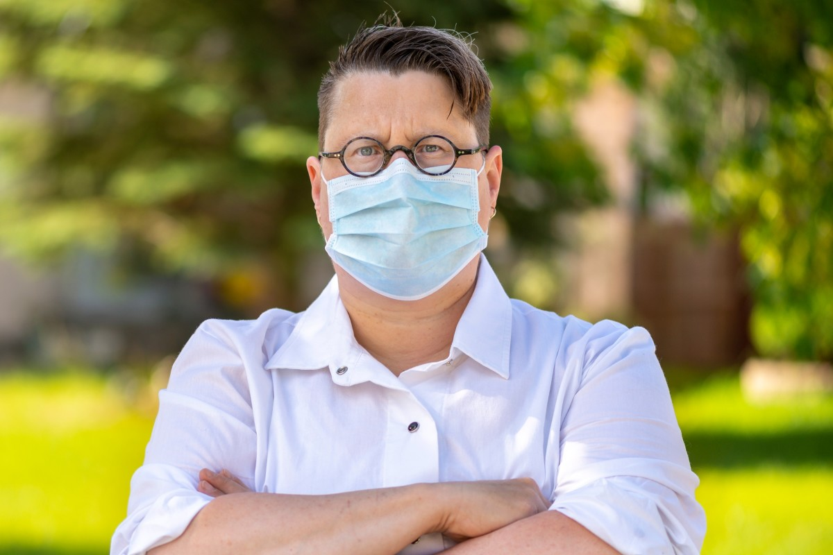 Person wearing medical mask