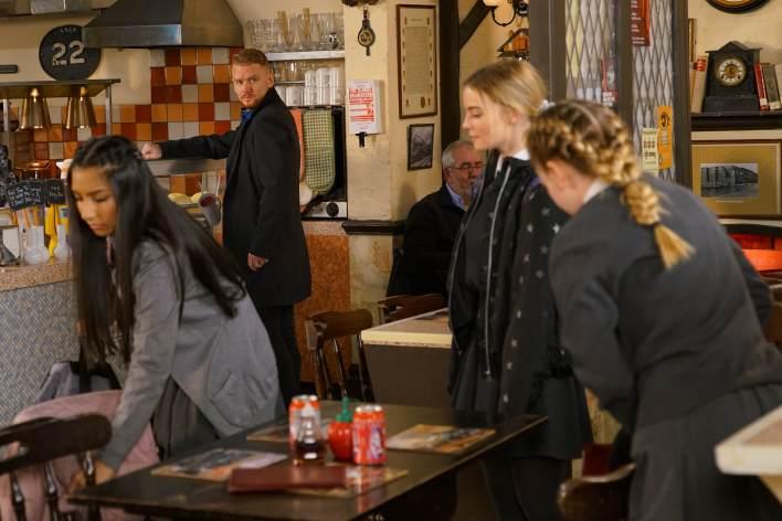 Summer, Asha, Kelly and Gary - Coronation Street - ITV