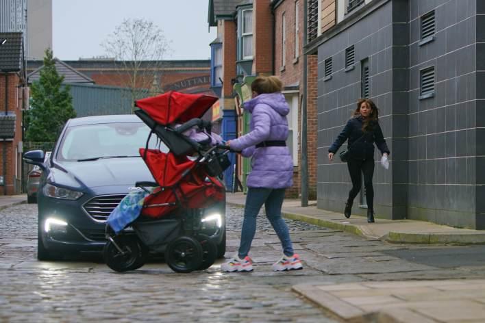 Gemma and the quads - Coronation Street - ITV