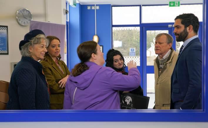 Evelyn, Toyah, Mary, Nina, Roy and Imran - Coronation Street - ITV