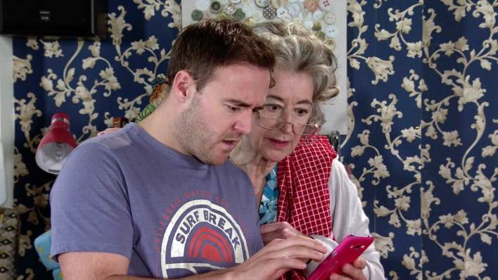 Tyrone and Evelyn - Coronation Street - ITV