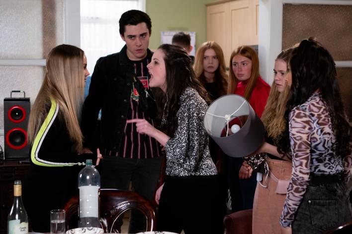 Corey, Kelly, Asha, Amy and Summer - Coronation Street - ITV