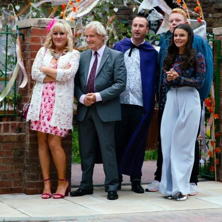 Beth, Ken, Krik, Craig and Kate - Coronation Street - ITV