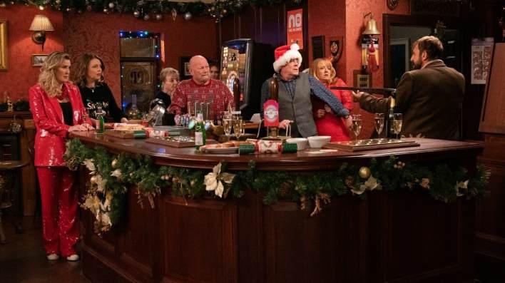 Liz, Tracy, Johnny, Jenny and Derek - Coronation Street - ITV