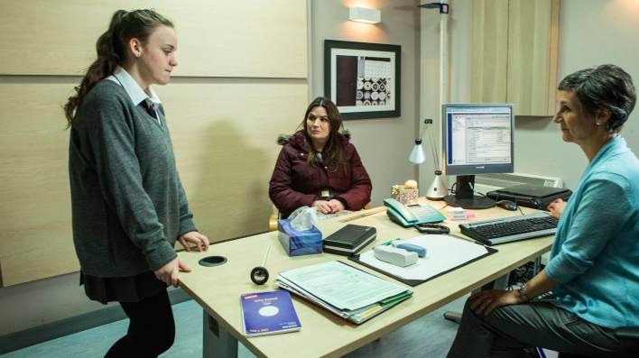 Faye, Anna and the doctor - Coronation Street - ITV
