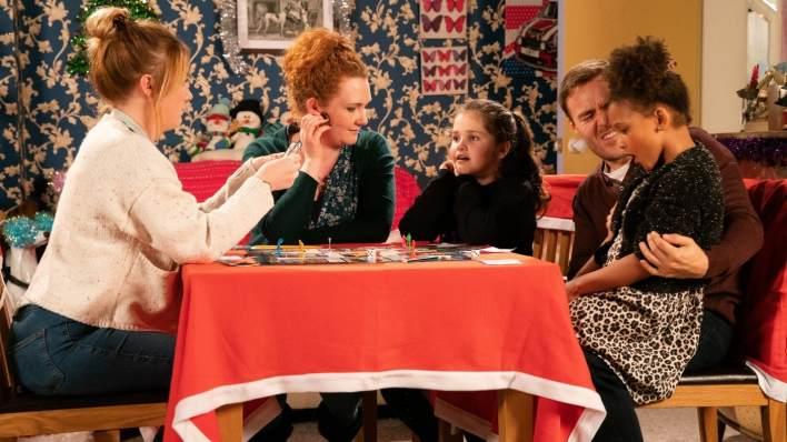 Jade, Fiz, Hope, Tyrone and Ruby - Coronation Street - ITV