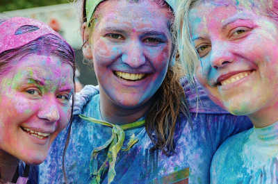 The Colour Fun Run will be a great family activity this Australia Day.
