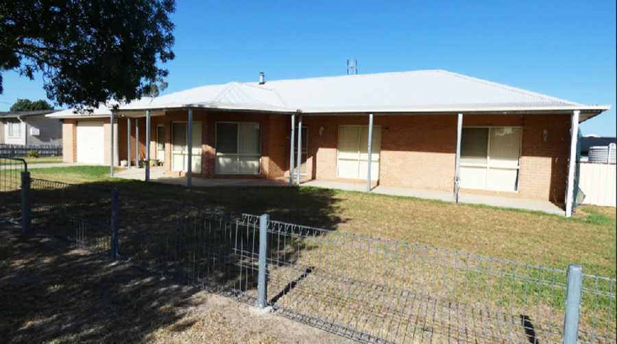 33 Ford St, Boorowa NSW 2586