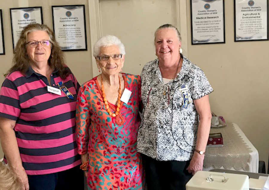 Margaret Thornhill and Rose Adler with Jenny the South West Group President