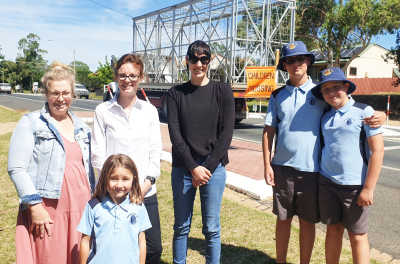 Murrumburrah School Deputy Principal Renee Ford, Ana Djukic, Steph Cooke MP, Carrie Giddings, David and Marko Djukic