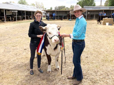 Member for Cootamundra Steph Cooke at a cattle show.