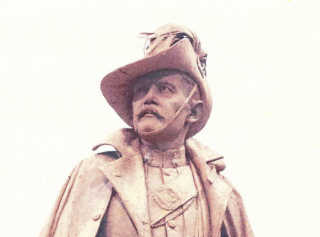Statue of Lt. Col. Kenneth-Mackay