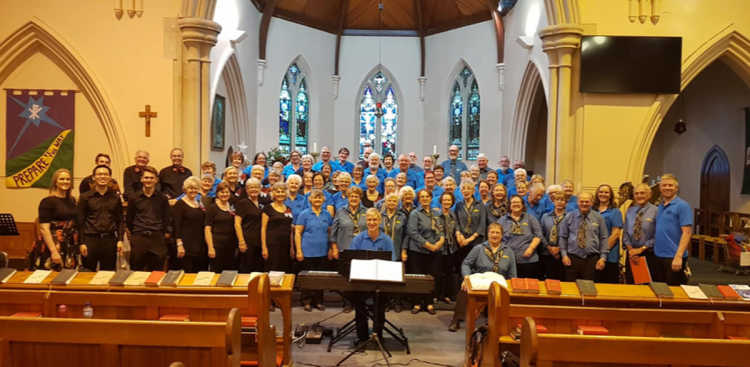 Assembled choristers, instrumentalists, musical directors and accompanists at the 2018 Hark Hallelujah concert in St John's Anglican Church, Young.