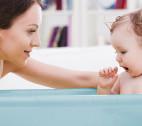 Baby baden – Wann, wie oft, wo und wie?
