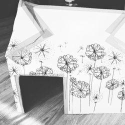 Selbstgebasteltes Spielhaus aus der LILLYDOO Monatsbox