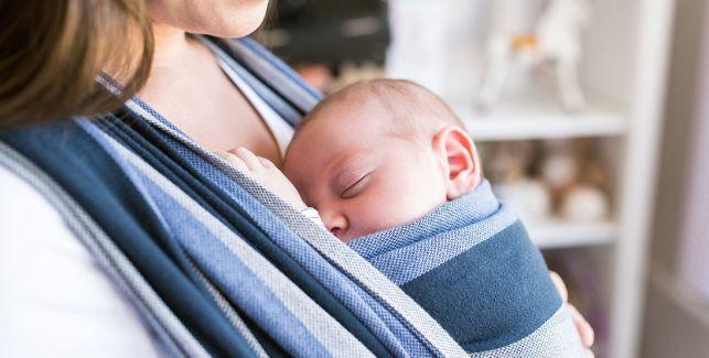 Baby-Tragetuch richtig binden