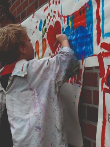 Bei der Jugendhilfe wird gemalt