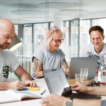 Mitarbeiter beim Meeting