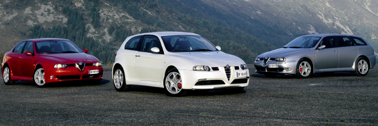 alfa-romeo-156-gta-red-147-gta-white-156-gta-sportwagon-grey-front-side-2004-775.jpg