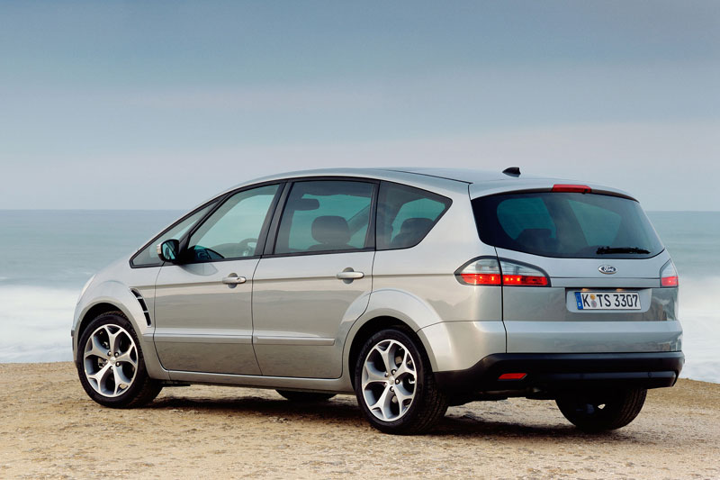 Ford S-Max MPV Achterkant