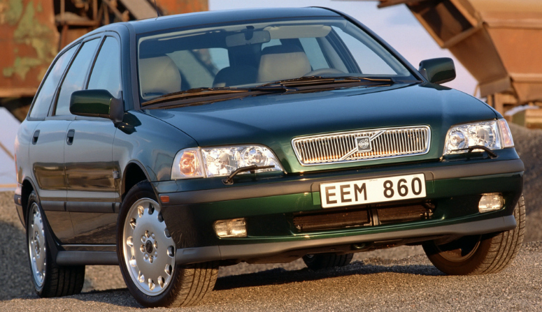 volvo-v40-t4-green-front-side-1998-775-2.jpg