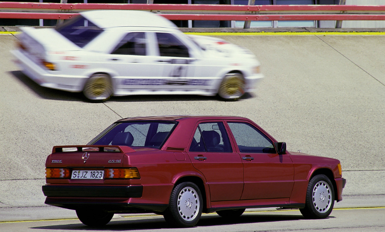 mercedes-benz-190-e-25-16-red-rear-side-1988-775.jpg