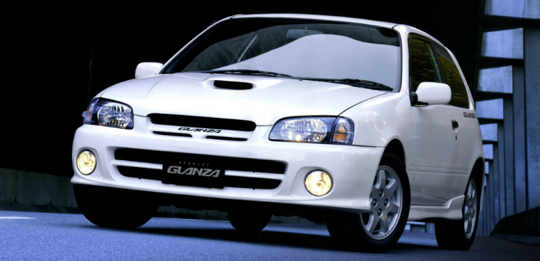 toyota-starlet-glanza-v-white-front-side-ep91-1998-775