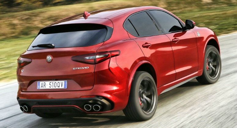 alfa-romeo-stelvio-quadrifoglio-red-rear-side-2017-775.jpg