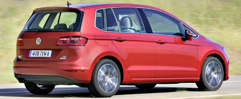 volkswagen-golf-sportsvan-red-rear-side-2014-775.jpg