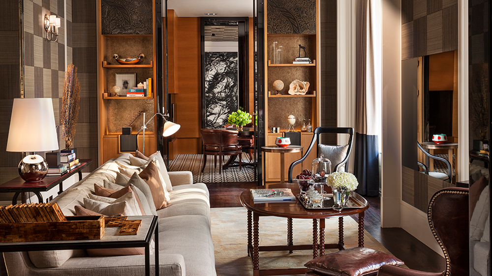 ldn 61384098 rosewood london manor house suite living area 1