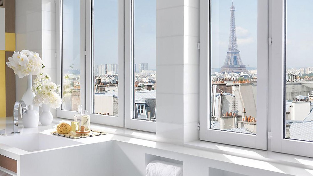 mandarin-oriental-paris-suite-presidential-suite-bathroom-landscape