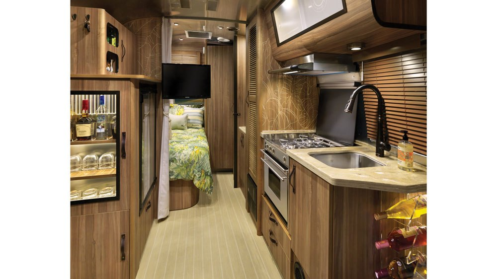 tommy-bahama-airstream-interior-2