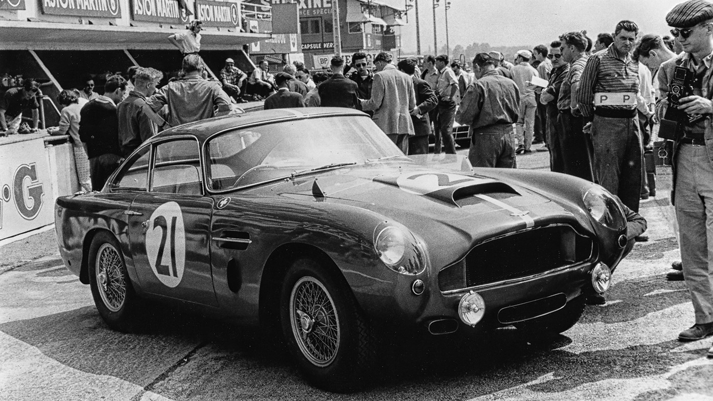 aston-martin-db4-gt-continuation-car-01