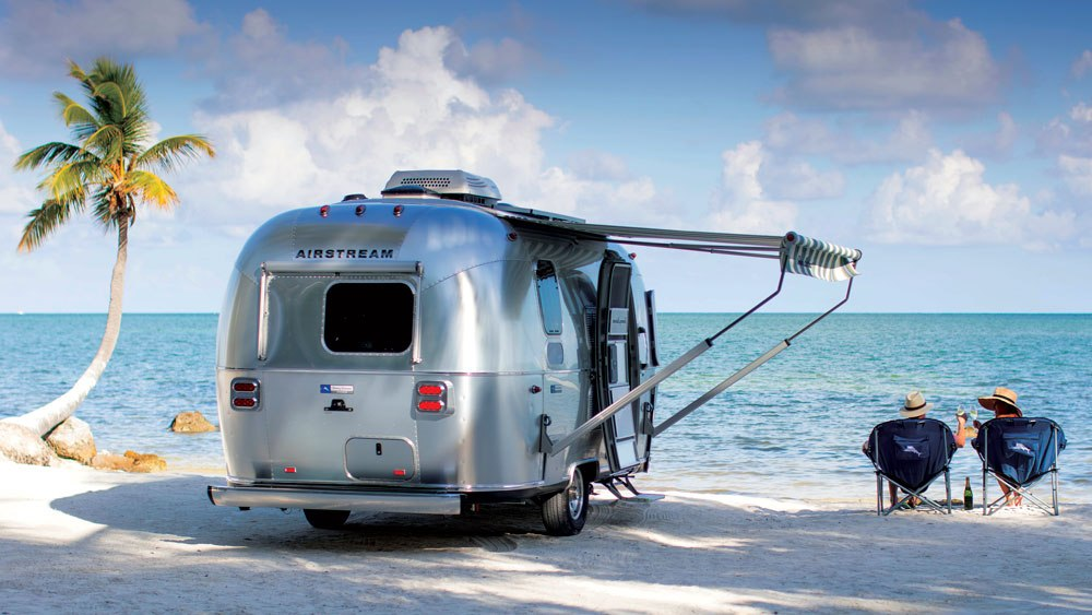 tommy-bahama-airstream-lifestyle