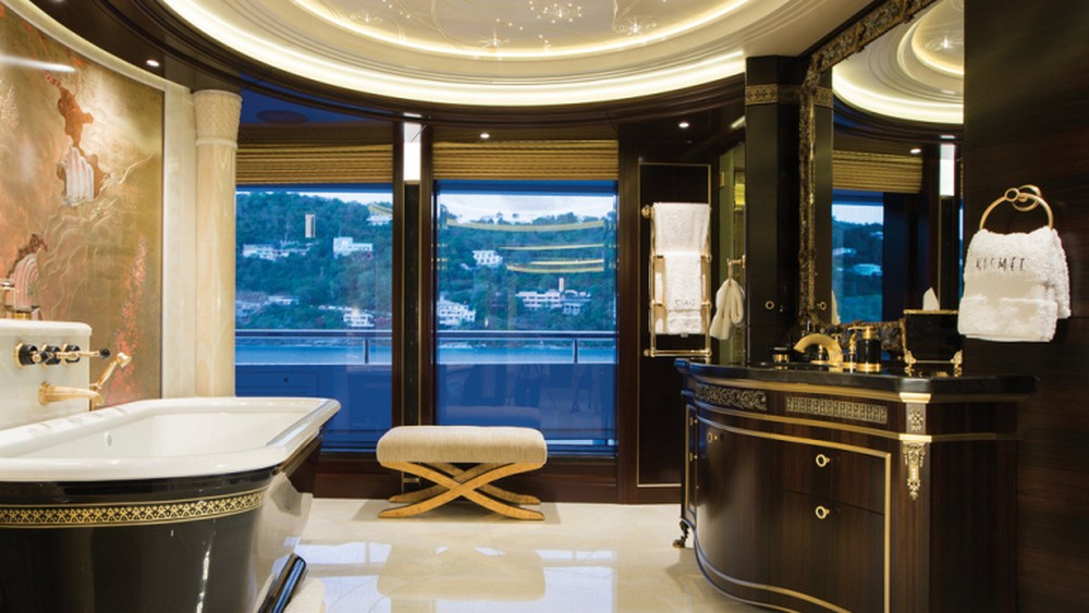 lurssen-yachts-bathroom-interior