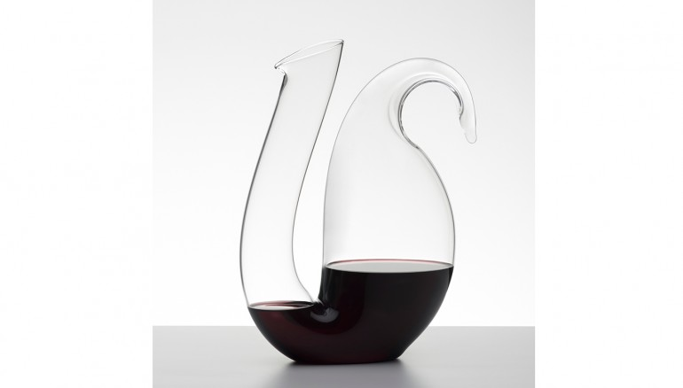 ayam-decanter-ambience-01 0.jpg INTEXT 5