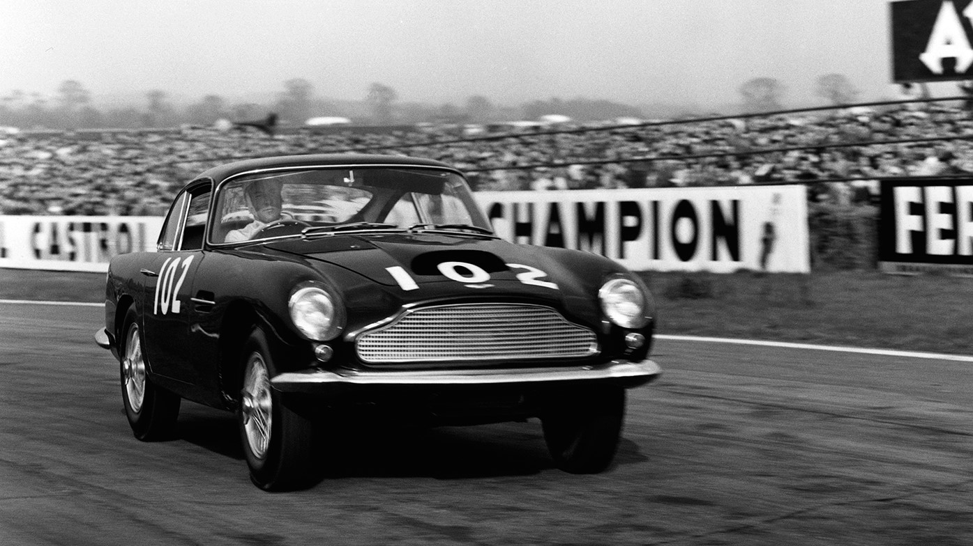 aston-martin-db4-gt-continuation-car-03